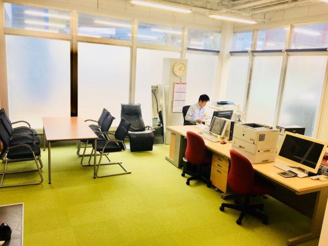 オフィス家具レンタルの事務所